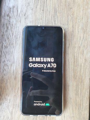 Vendo Samsung A70 128GB com capa e película de vidro