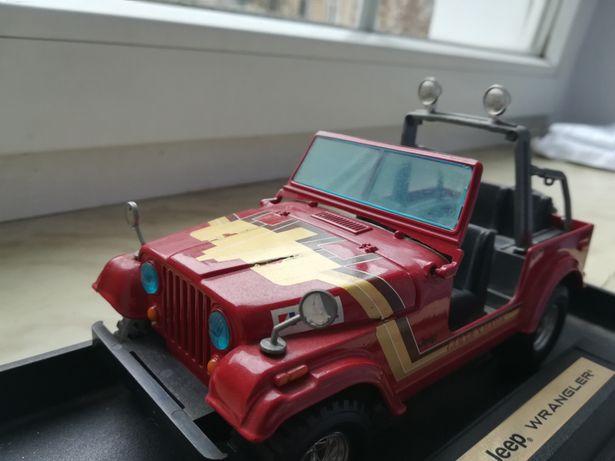 Model Bburago Jeep Wrangler skala1/24