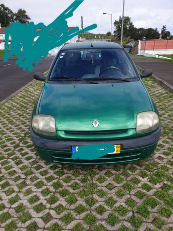 Renault clio 1.2 de 8 v gasolina