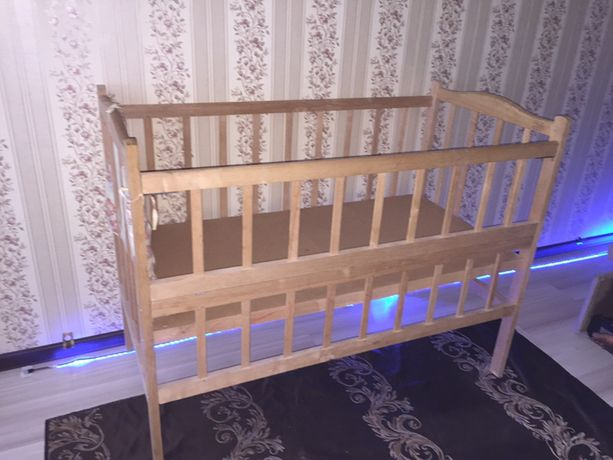 Манеж, кровать детская б/у Бахмут