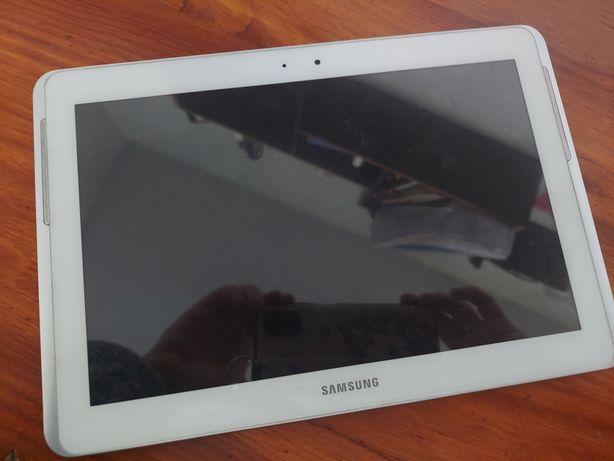 Продам планшет  10.1 Samsung Galaxy tab 2