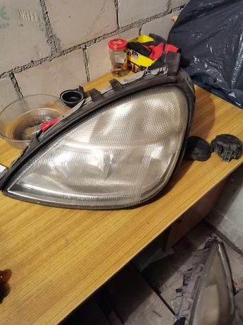 Sprzedam dwie lampy przód Mercedes A170 Cdi, 2002r
