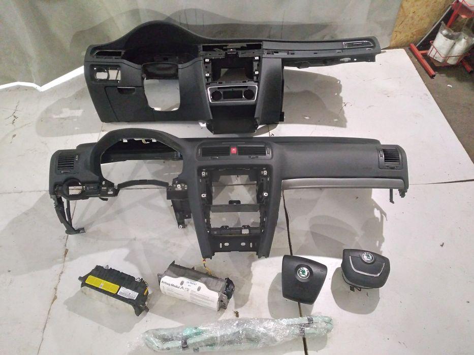 Панель торпеда шкода skoda a5 super в  airdag шторки подушки airbag Луцк - изображение 1