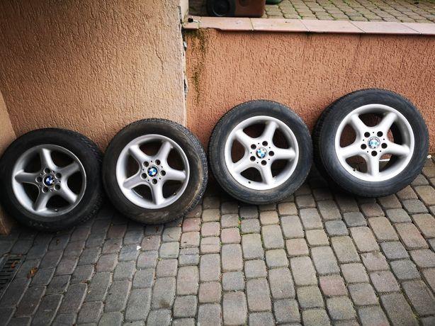 Alufelgi BMW 16 cali z oponami zimowymi 205/60/16 Nokian