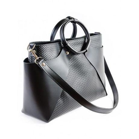 Стильная сумка из натуральной кожи.