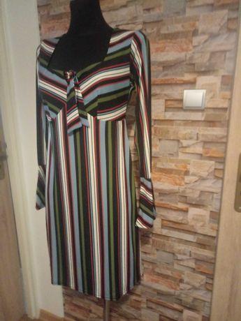 Nowa sukienka kolekcja paski