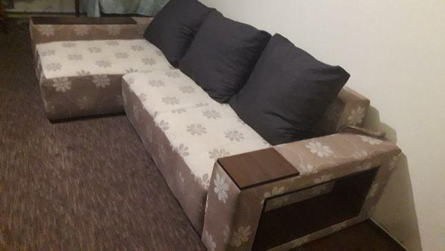 Ремонт та перетяжка мягких меблів