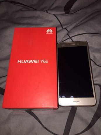 Телефон Huawei y6 ii