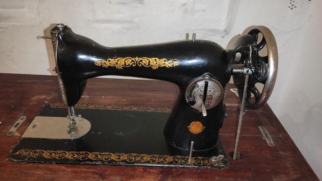 Швейна машинка ПМЗ з ніжками