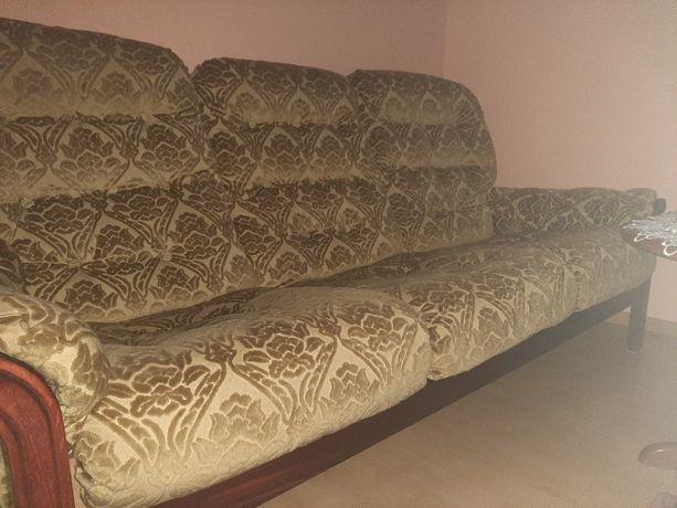 Komplet wypoczynkowy - sofa i 2 fotele