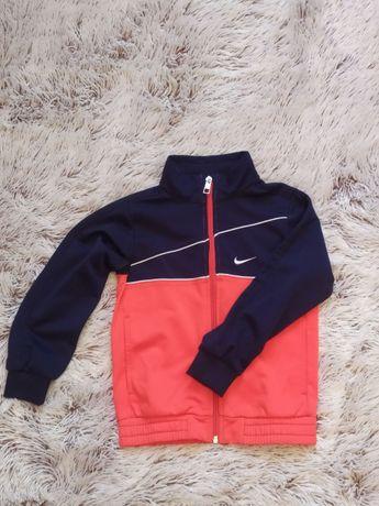 Спортивная куртка NIKE(оригинал) на 4-5 лет, 104-110cm