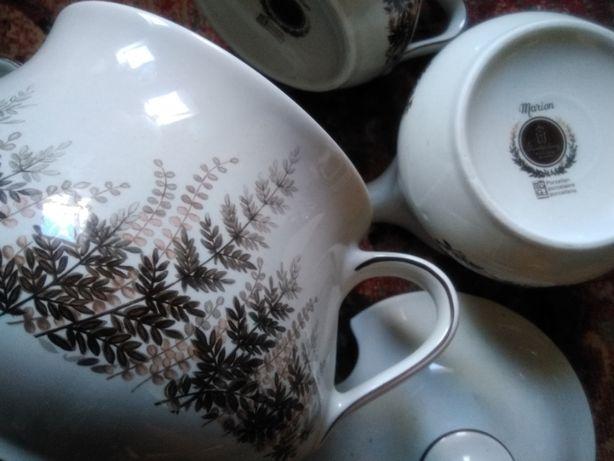 Zestaw porcelanowy z kolekcji Roslau Bawaria waza i dwie sosjerki
