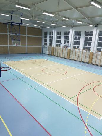 malowanie linii na boiskach i stadionach lekkoatletycznych