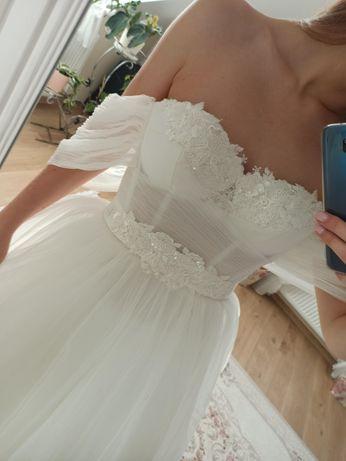 Suknia ślubna Rebeka kolor ivory rozmiar 38