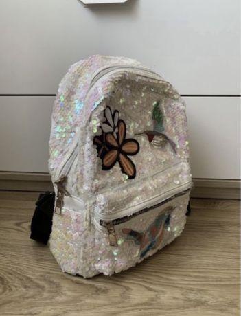 женский блестящий рюкзачок