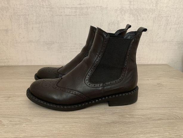 Ботинки Estro