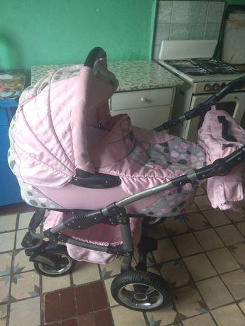 Продам детскую коляску Taco Warrior 2. Для девочки, розовый цвет