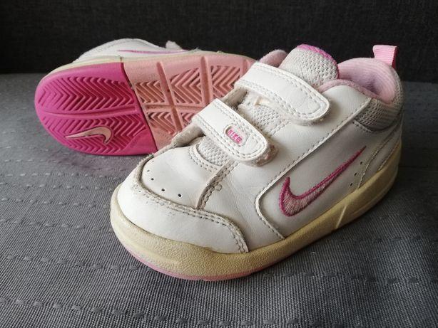 Buty sportowe dziecięce Nike rozm. 22,5