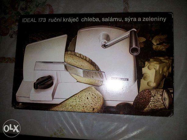 Ręczna maszynka do krojenia chleba