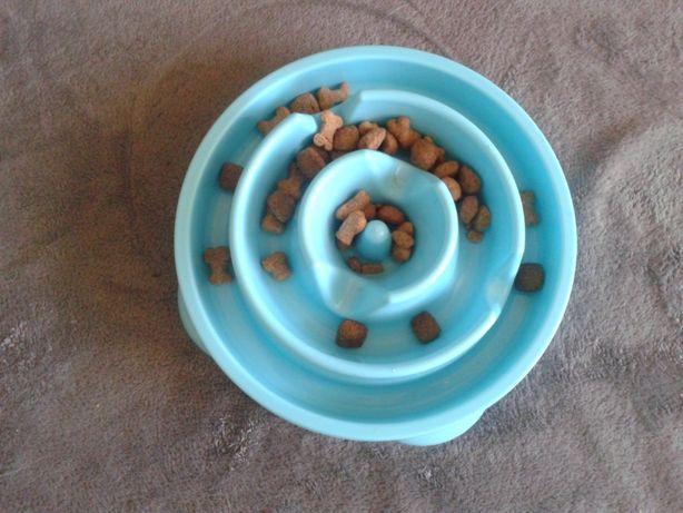 Miska dla psa spowalniająca jedzenie