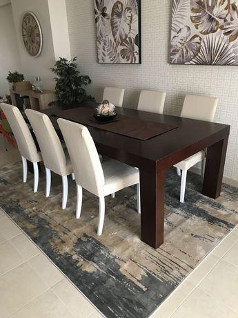 Mesa de sala em madeira. 2,10x1,10m