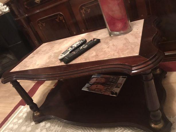 Mesa de centro ou de apoio em madeira e mármore