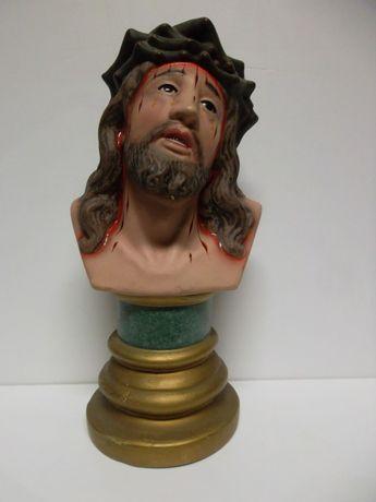 antigo busto de Cristo em cerâmica policromada com olhos em vidro