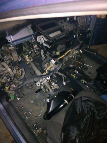 Промивка-замена печки авто