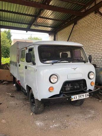 УАЗ 39094  Легковой грузо-пассажирский фургон