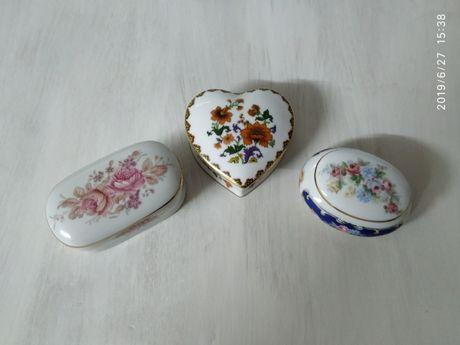 Portes incluídos-Guarda jóias - porcelana portuguesa