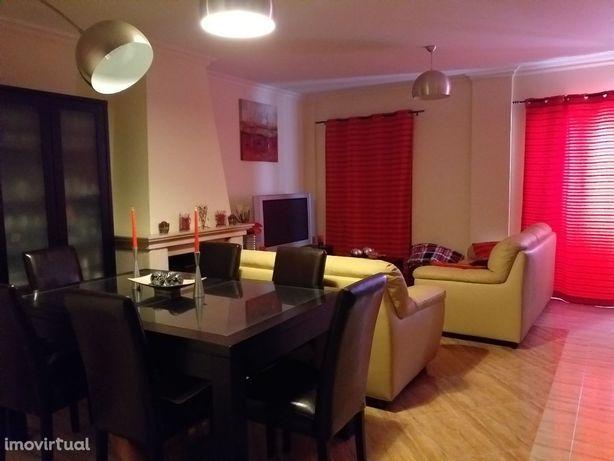 Apartamento T3 no Pátio das Acácias em Benavente