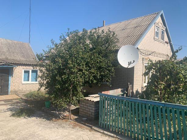 Продам будинок 50 кв м+ літня кухня 35 кв м