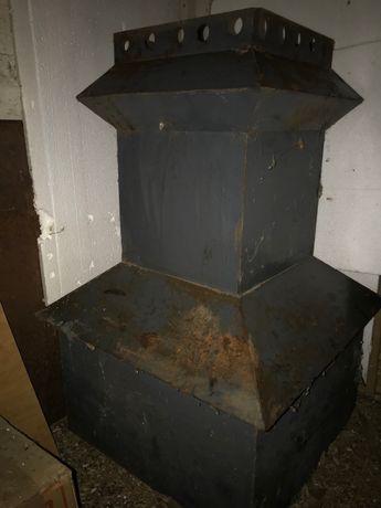 Кожух декоративный из листового метала на дымоход сельского дома.