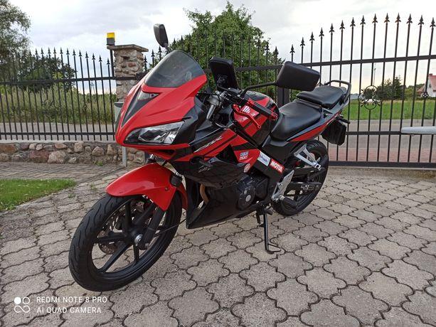 Honda CBR 125R JC 39 2010 rok
