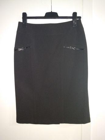 Czarna elegancka spódnica do kolana r 40 ołówkowa