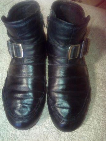 Ботиночки из натуральной кожи.