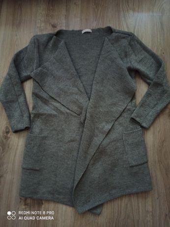 Sweter z wełną rozmiar M/L