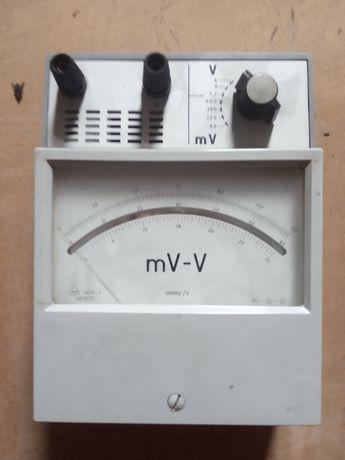 Мілівольтметр регклятор напруги (можливий торг)