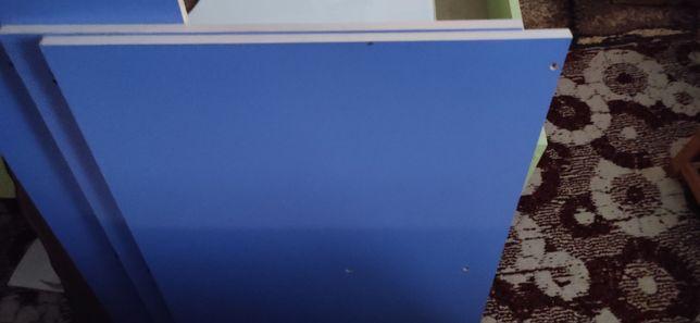 Стол синий для детского сада или центра раннего развития