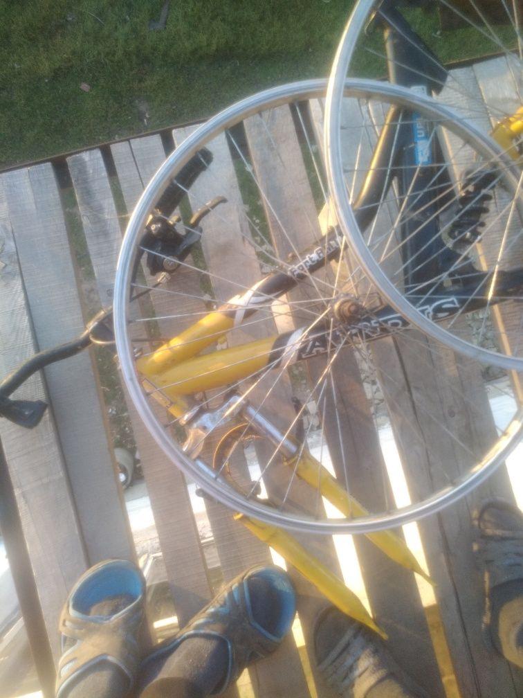 Продам велосопед на востановлення