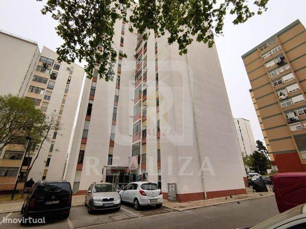 Apartamento T3 no Miratejo com elevador