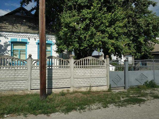 Продается участок с домом в Киевской области, 25 соток