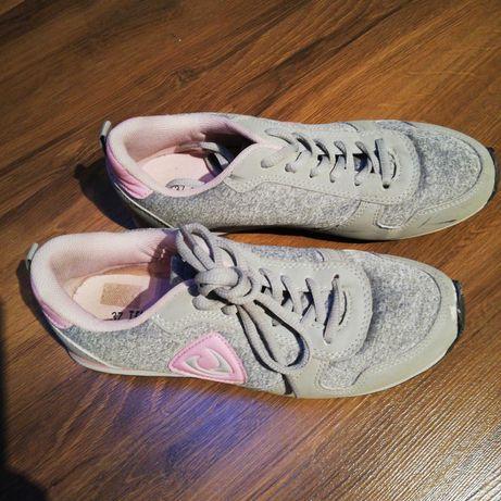 Dziewczęce buty sportowe