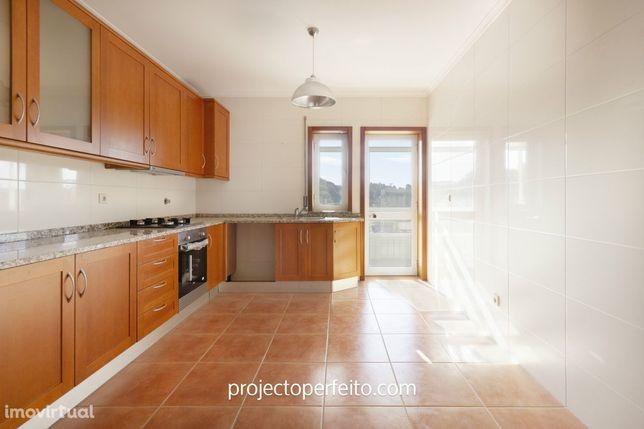 Apartamento T2 Venda em Escapães,Santa Maria da Feira