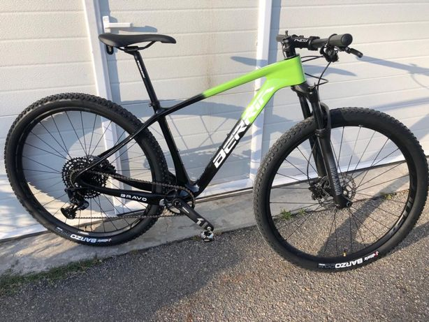 Bicicleta Berria Bravo 29 carbono - M