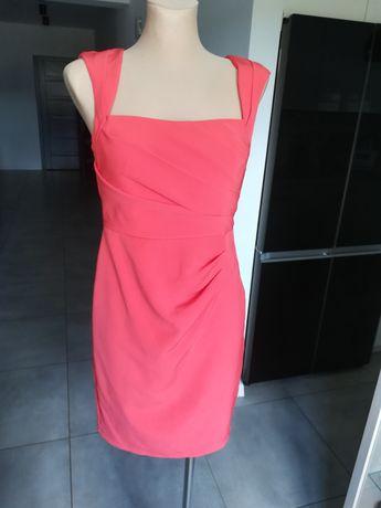 R. 34 malinowa sukienka wyjściowa Lipsy London