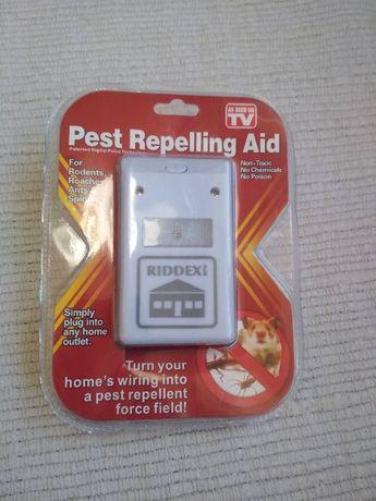 Отпугиватель электромагнитный Riddex (комары, тараканы, грызуны)