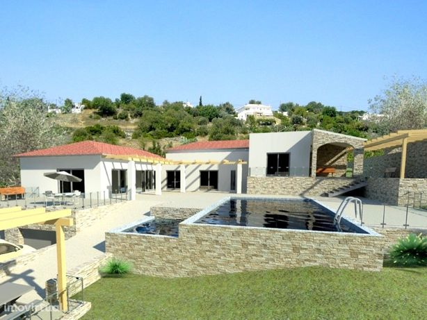 Villa V4+1, projecto chave na mão, com jardim e piscina