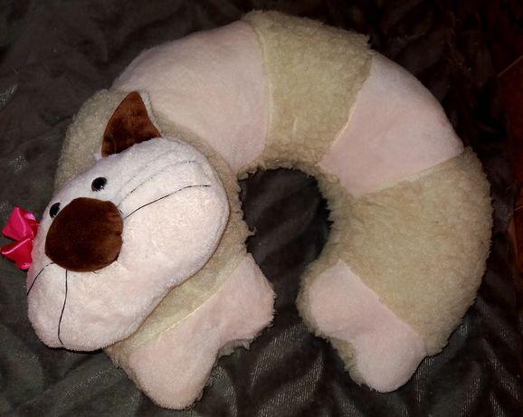 Подушка-рогалик дорожная