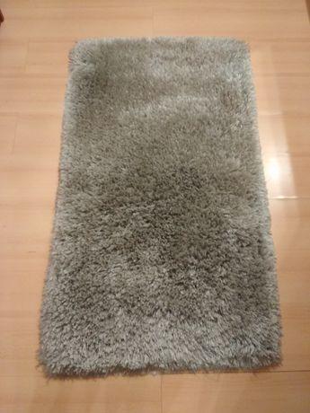 2 dywaniki z długim włosem